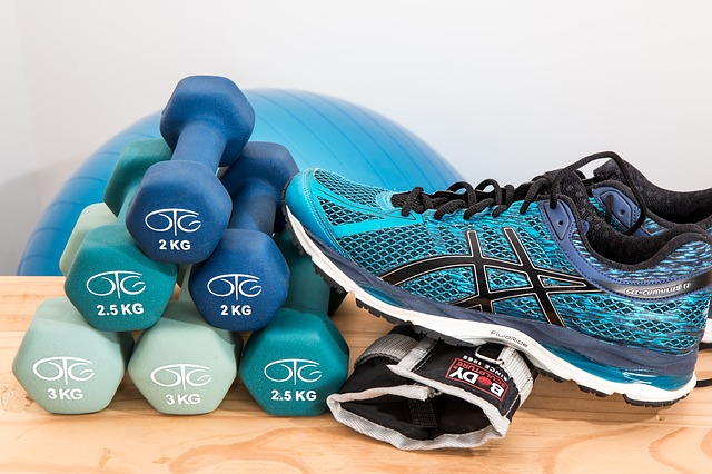 3 WAYS THAT YOU CAN GET FIT WITHOUT GOING TO THE GYM